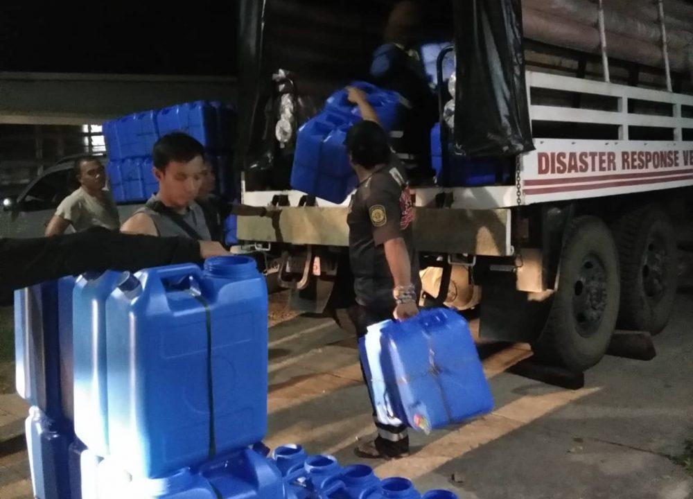 mindanaw-earthquake-response-jerry-cans-2